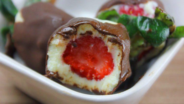 Bombom Fit de Morango com Chocolate